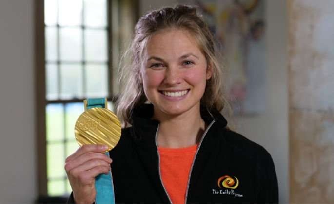 Jessie Diggins with Olympic Gold Medal
